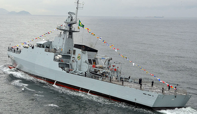 Sister ship the Brazillian Navy's OPV Apa - note the 20mm cannon on the bridge wing