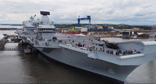 HMS Queen Elizabeth leaves Rosyth