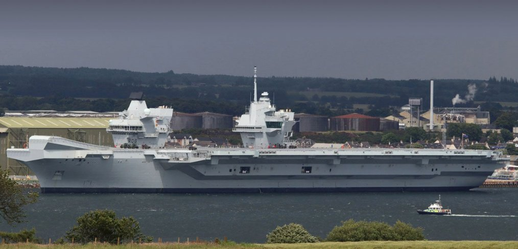 http://www.savetheroyalnavy.org/wp-content/uploads/2017/07/HMS-QE-Invergordon-1014x487.jpg