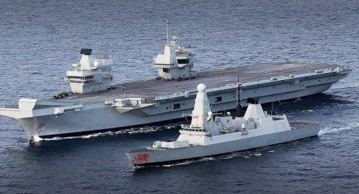HMS Queen Elizabeth HMS Dragon