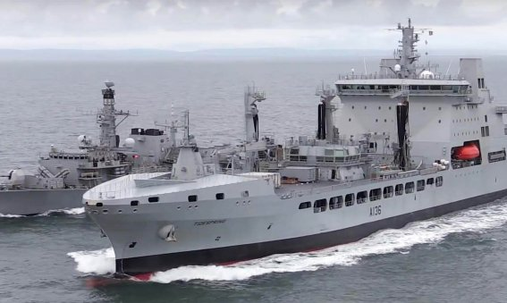 RFA Tidespring conducts first RAS with HMS Sutherland