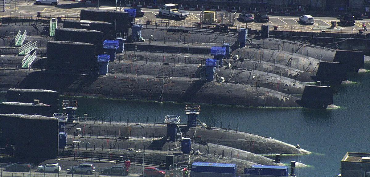 Laid-up-nuclear-submarines-Devonport.jpg