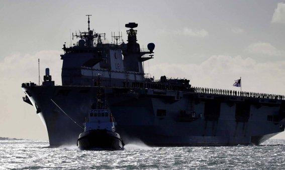 HMS Ocean enteres Devonport for the final time