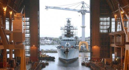 HMS Richmond enters Frigate Refit Complex