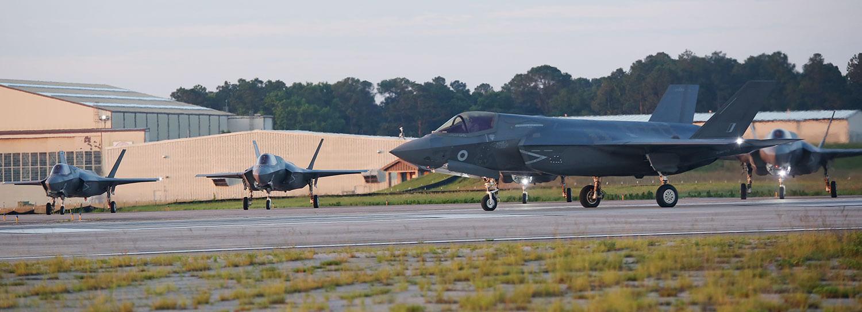 F-35 Taxiing