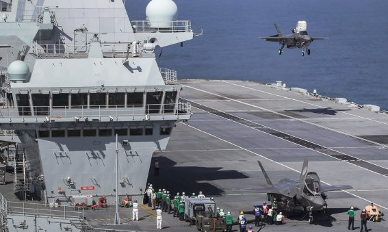 F-35B Lightining II Lands on HMS Queen Elizabeth for first time