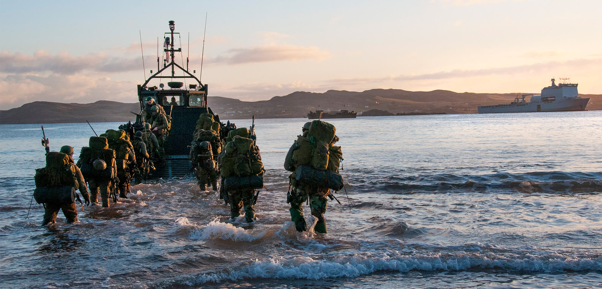Dutch and Royal Marines Exercise together